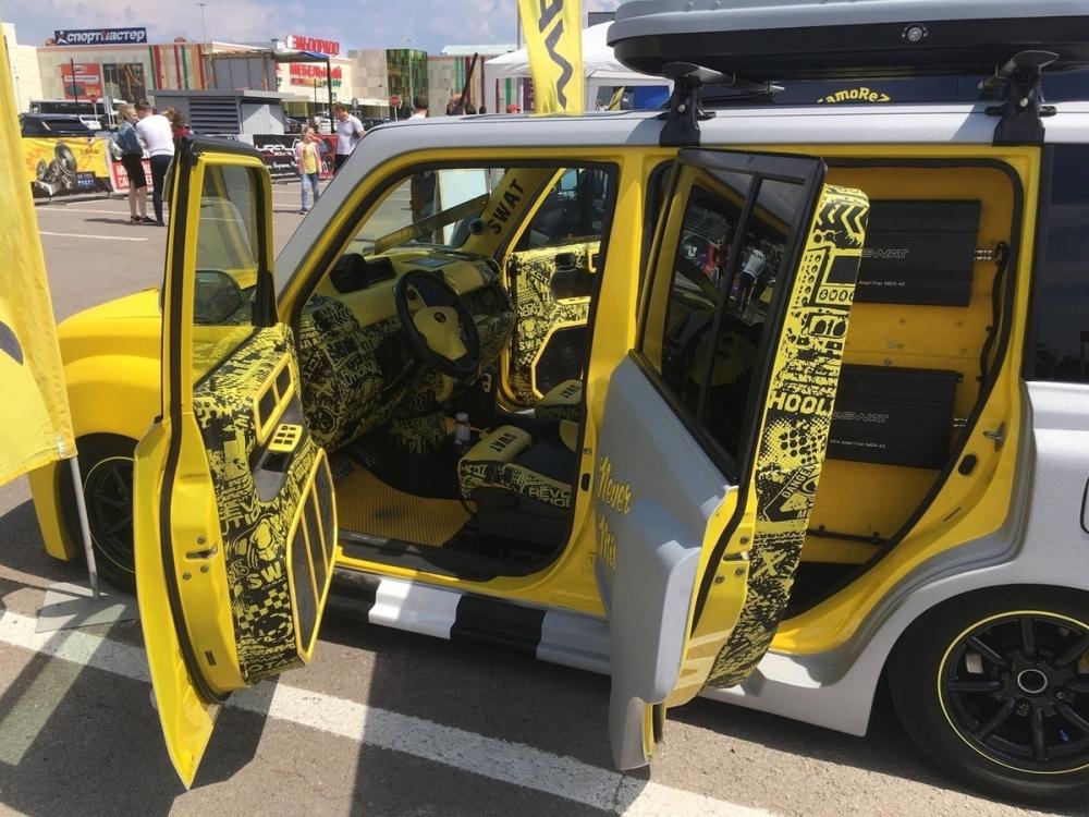 Топ нелепых автомобилей с «Моторшоу Черноземье»