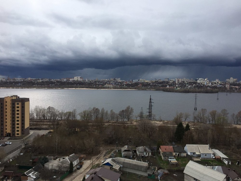Мороз и ливни накроют Воронеж на длинной рабочей неделе