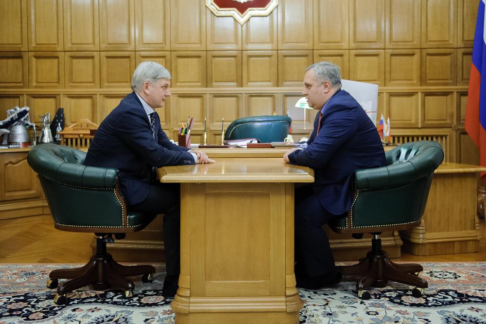 Перед воронежским губернатором Гусевым отчитались о ремонте федеральных трасс