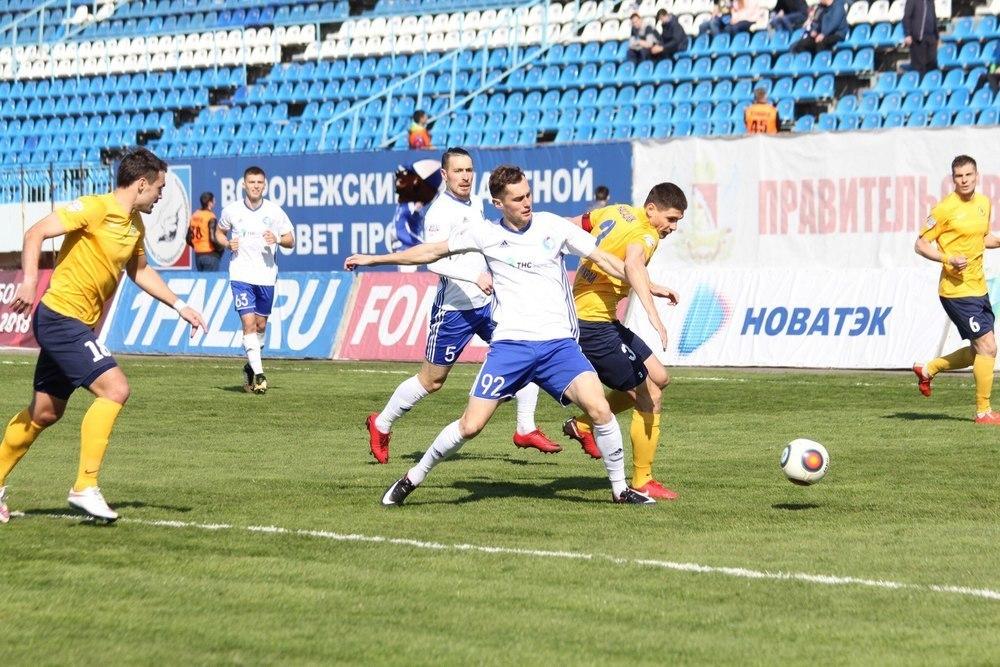 Воронежский «Факел» победил после длинной серии неудач