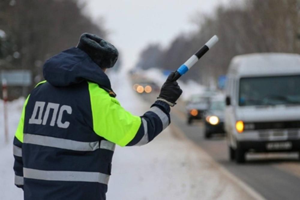 Воронежцев предупредили о массовых рейдах ГИБДД в новогодние праздники