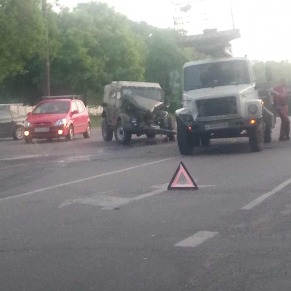 Раритетный автомобиль жестко разбили в Воронеже