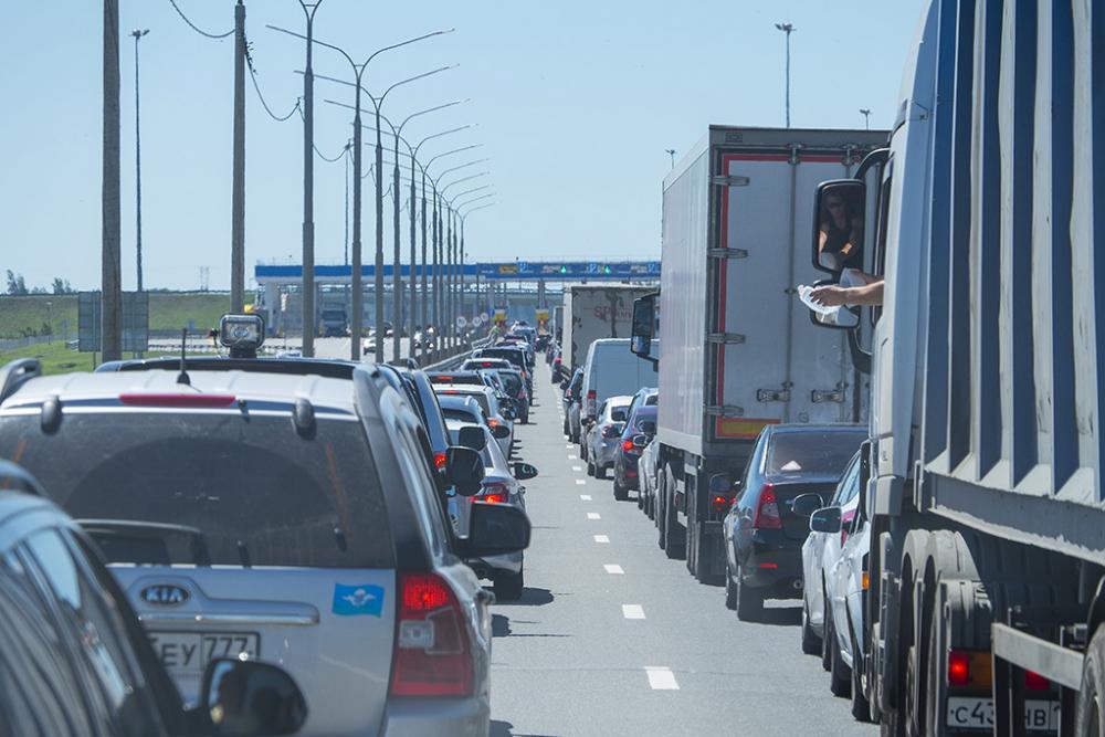 Воронежские автомобилисты дали совет, как проскочить пробку на М4 в Галкино