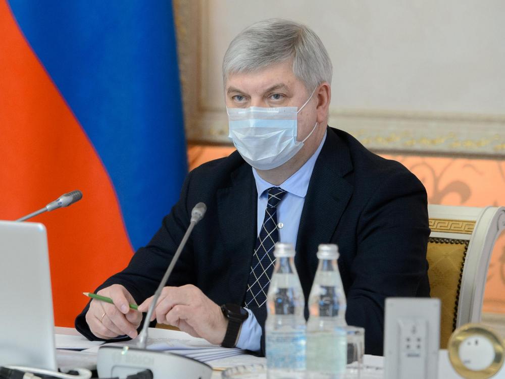 Ослабление коронавирусных ограничений в Воронеже анонсировал губернатор Гусев