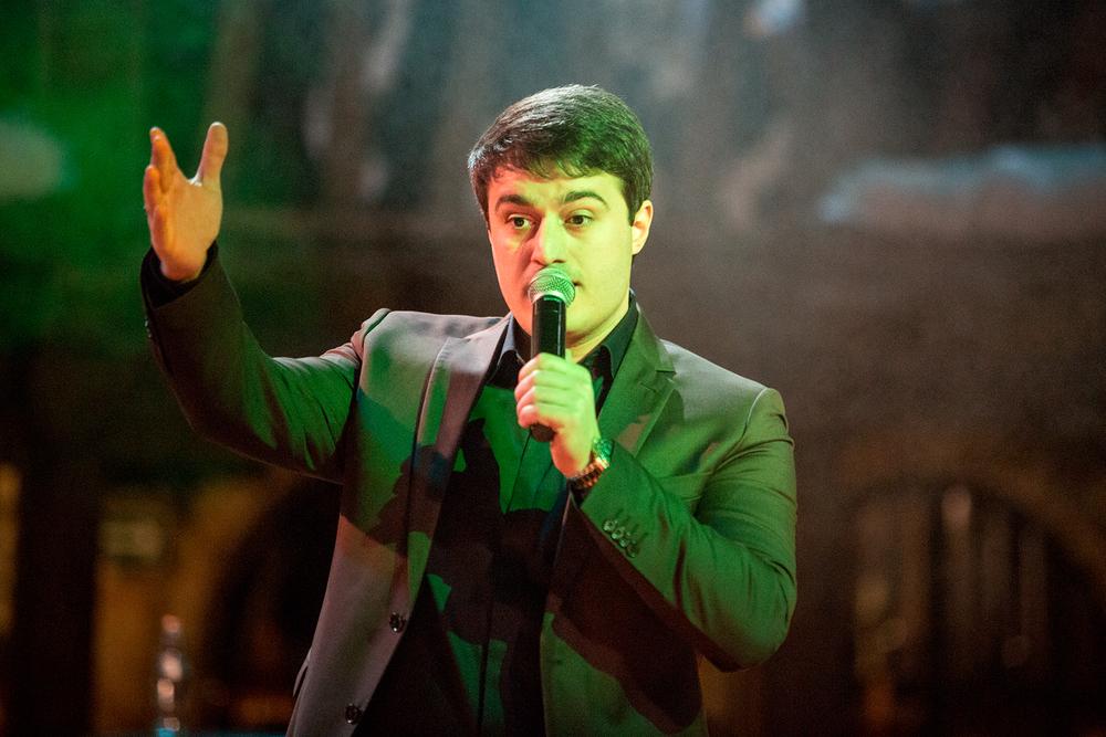 Айдамир Мугу в Воронеже заставил весь зал отплясывать лезгинку