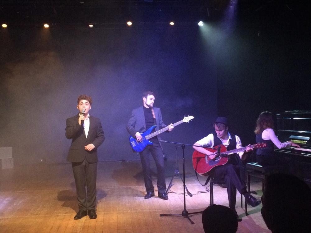 Запрещенные песни исполнили в Никитинском театре Воронежа