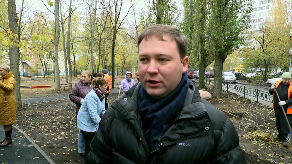 Поборник платных парковок в Воронеже заколачивал по 300 тыс в месяц