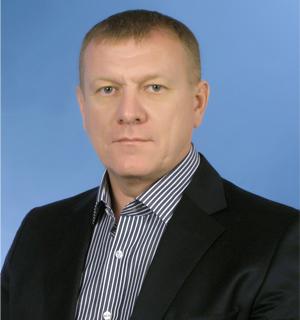 Учитесь, как надо! С антиникелевых митингов - на должность руководителя фракции «Единая Россия» в областном парламенте