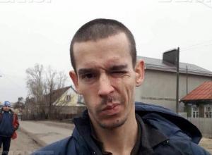 Бомж-беглец, порезавший полицейских, несколько дней жил в Подгорном под Воронежем