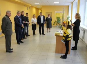 Воронежских школьников будут бесплатно кормить медом