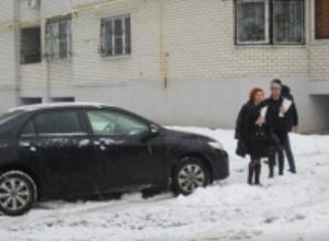 Судебные приставы отобрали машину у воронежского коррупционера