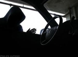 18-летний воронежец угнал и разбил автомобиль приятеля