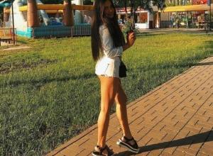 Топ-5 соблазнительных жительниц Воронежа в коротких шортах