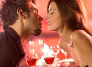 Жительницы Воронежа целуются на первом свидании чаще мужчин
