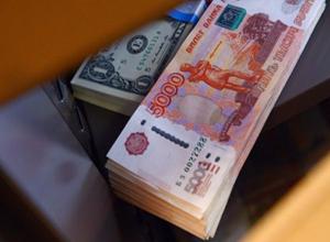 В Воронеже на избирательном участке засняли подозрительную передачу денег