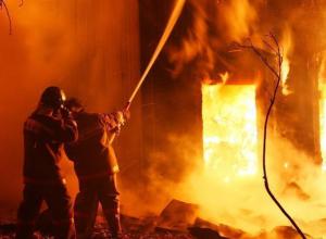 Трое мужчин сгорели из-за сигареты в жилом доме в Воронежской области