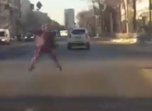 «Неведомое существо» сняли на дороге в Воронеже