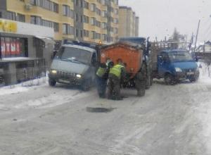 Воронежцы попытались вразумить «критиков» зимнего ремонта дорог