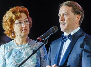 99 миллионов рублей заплатили воронежские бизнесмены на балу супругов Гордеевых