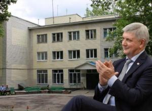 Воронежский дом-интернат милосердия одарил Гусева феноменальным доверием
