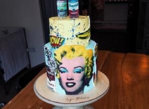 В Воронеже создали торт по мотивам картин Энди Уорхола