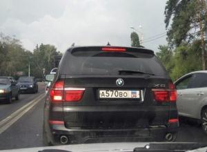 Воронежцы почувствовали себя ущемленными из-за BMW X5 иностранца