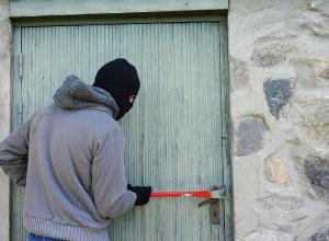 Предприимчивый 15-летний воронежец «обчистил» дом на сумму свыше 32 тысяч