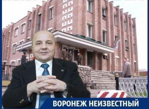 Что связывает армию России, писателя Виктора Суворова и воронежскую Придачу