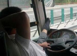 Водитель маршрутки пытался выгнать из автобуса беременную жительницу Воронежа