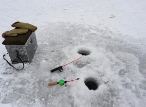 Спасатели рассказали о толщине льда на Воронежском водохранилище