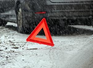 Водитель Volkswagen погиб при лобовом столкновении с грузовиком под Воронежем