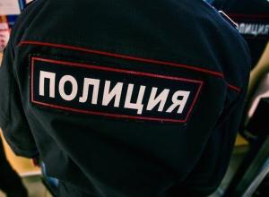 В Воронеже 18-летний юноша вымогал деньги у 40-летнего зрелого мужика