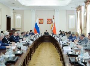 Подчинённые сообщили губернатору Гордееву о своём противодействии коррупции