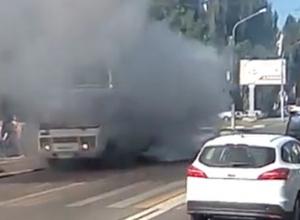 Дымящаяся воронежская маршрутка с разносом дизеля попала на видео