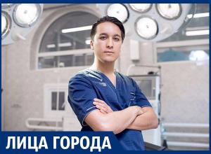 Все больше мужчин делают пластику груди, - пластический хирург Тимур Хайдаров