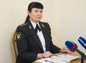 Главный воронежский пристав ушла помогать с пенсиями прокурору Шишкину