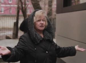 В центре Воронежа жильцы многоэтажки стали заложниками самостроя на первом этаже