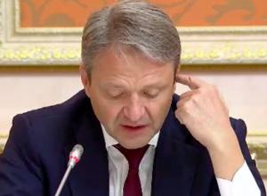 Путин высмеял Ткачева в Воронеже: «Индонезия – это мусульманская страна, там свинину не едят»