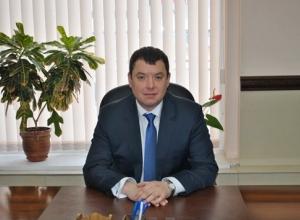 Депутат Михаил Гусев за год переехал из дома в квартиру