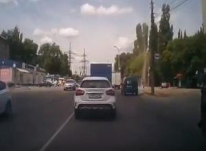 Пятиметровый смерч сняли на видео в Воронеже