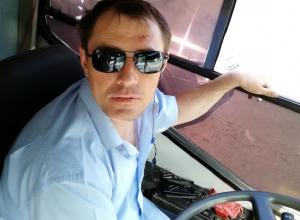Воронежский маршрутчик устроил табачную камеру в салоне автобуса