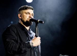 В Воронеж с грандиозным шоу из звука, света и мультимедиа едет кумир миллионов Баста