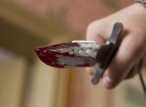 Жещина ударила ножом в спину своего супруга в Воронеже