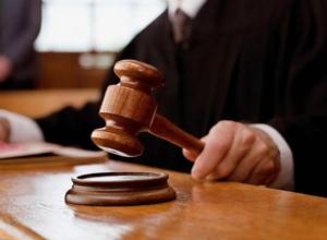 В Воронеже нечистый на руку налоговик предстанет перед судом
