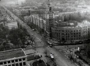 Проспект Революции 1967 года показали воронежцам