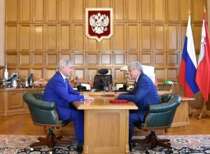 После комфортных дебатов Гусев за все отблагодарил Воронина