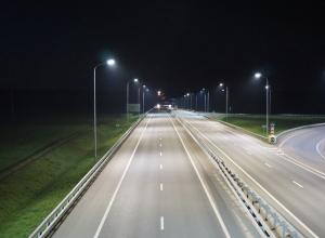 Более 30 км воронежских федеральных трасс осветят до конца года