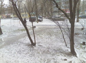 Воронежцы ужаснулись видом улицы Шендрикова после града