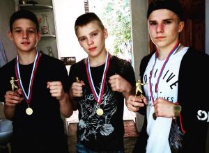 Три золотые медали завоевали юные воронежские боксеры на престижном турнире в Сочи