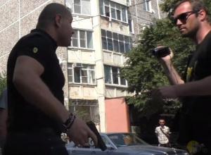 Мужчина с пистолетом обещал изнасиловать Шамардина в Краснодаре